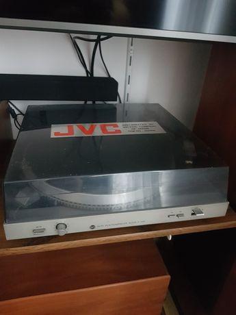 Gramofon z wkładką magnetyczną Altus P-100