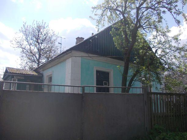 Продаю будинок в м. Коростишів.