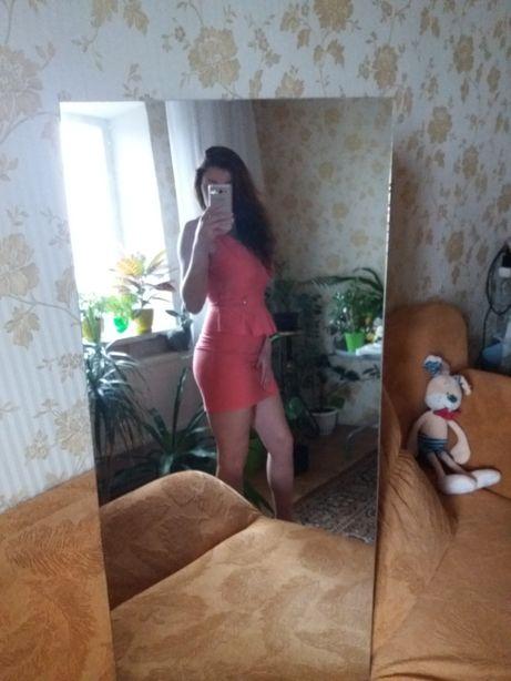 Плаття баска платье коралового кольору