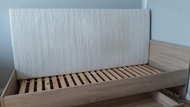 Łóżko pojedyncze z materacem i szufladą