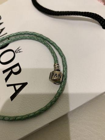 Продам оригинал браслет Pandora 19 см кожанный