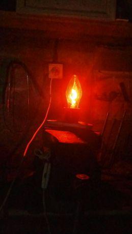 Лампочка свеча неоновая.