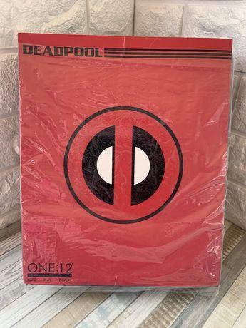 Фигурка Deadpool Mezco 1:12