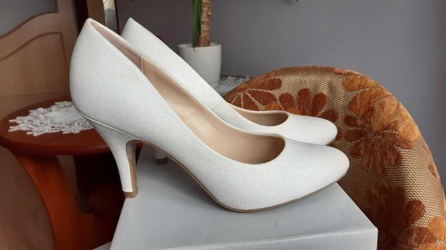 Białe buty ślubne rozm 38