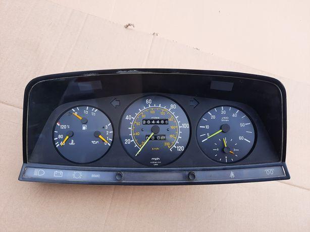 USA 300D turbo licznik obrotomierz Mercedes W123 123