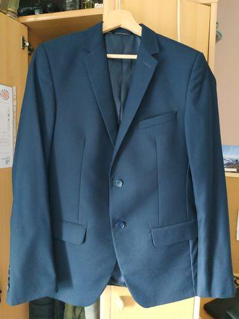 Garnitur (koszula,koszulka,bluza)