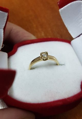 Кольцо золотое с бриллиантом 0,07ct Размер 16 1,3г КР57 3/4