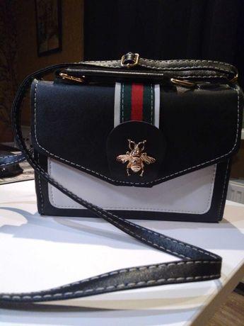 Продам сумочку Gucci