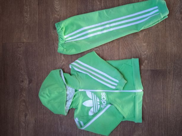 Спортивный костюм Адидас р86