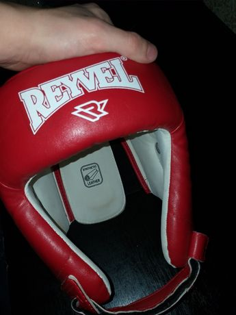 """Боксёрский шлем """"Reyvel"""""""