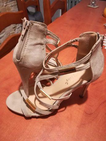 Sandały szpilki r. 38