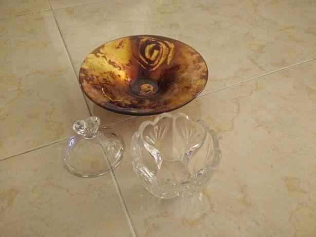 2 peças decorativas em cristal e vidro