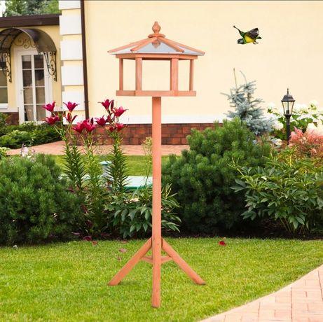 Karmnik dla ptaków stojacy natularny domek