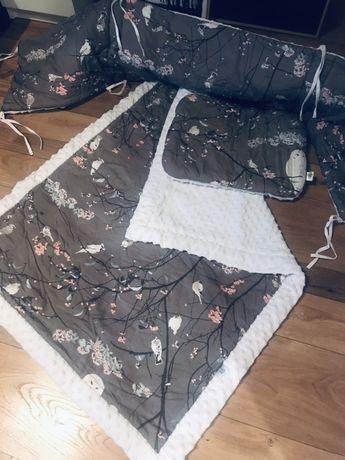 Piękna kołderka do łóżeczka