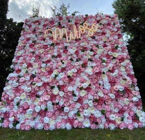 Ścianka z kwiatków