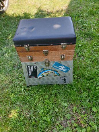 Kofer wędkarski