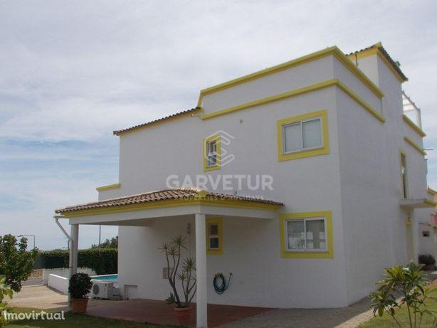 Moradia isolada com piscina e jardim, Altura, Algarve