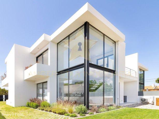 Moradia T3 com 199,85 m² de área útil e piscina privativa...