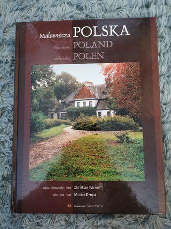 """Książka """"Malownicza Polska"""""""