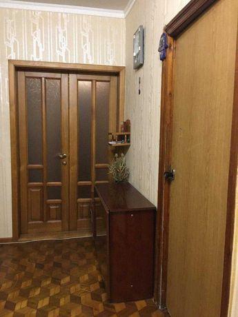 Продам 3-комн. квартиру на Крымском бульваре