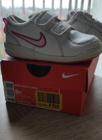 Buty sportowe Nike PICO dla dziewczynki 25