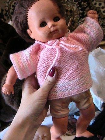кукла в розовом свитере