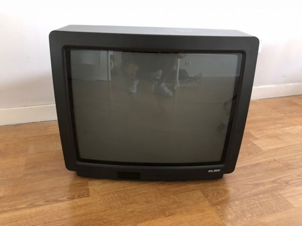 Televisão Elbe a cores