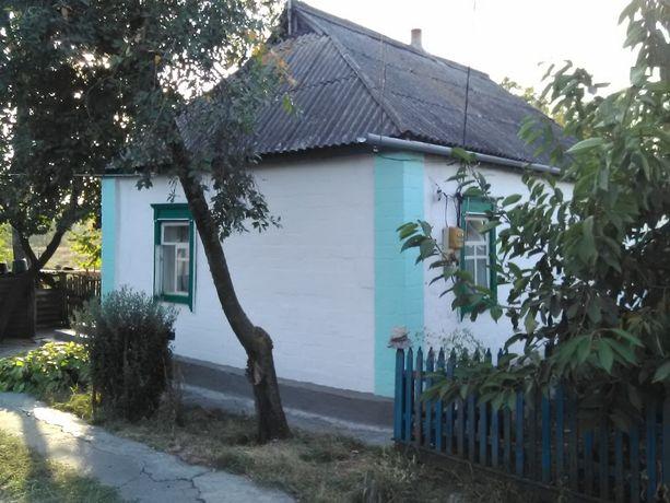 Продается дом с земельным участком в смт Згуровка Киевской области