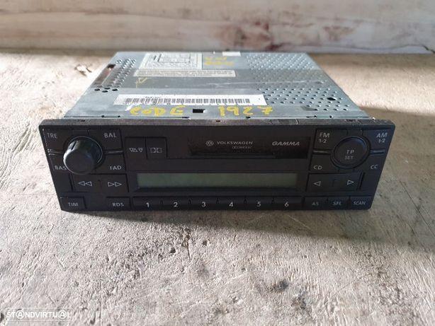Radio VW Polo 9N - 2002 / 2009 - 7641207360