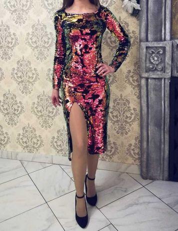 Очень красивое и эффектное Женское платье в паетках