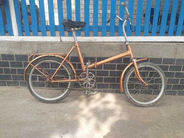 Велосопед золотистиц