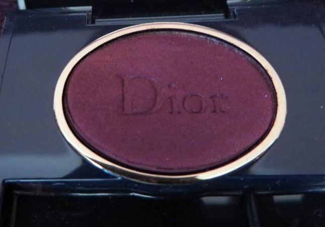 pojedynczy cień firmy Dior 988 Poison