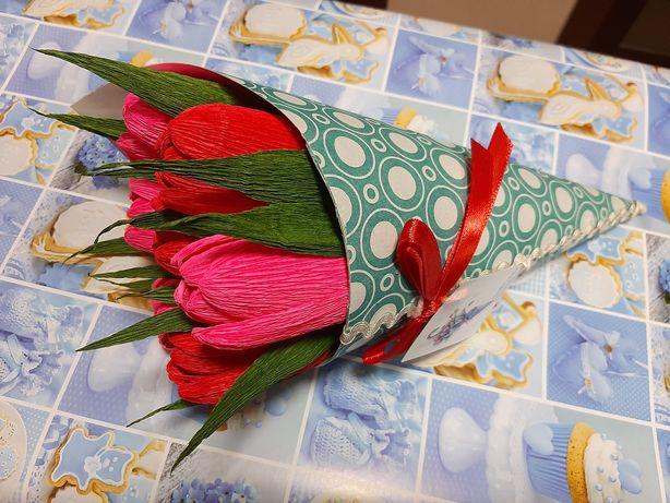 Сладкий комплимент,  букет из конфет, цветы с конфетой внутри