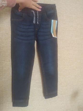 Фирменные джинсы на мальчика Pepco
