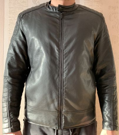 Продам мужскую куртку Reserved