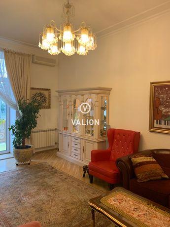 Продается 5-комнатная квартира Саксаганского 147/5.