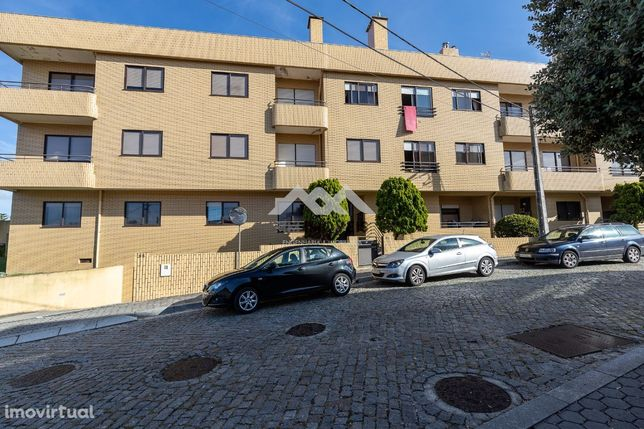 Apartamento T1 | Gulpilhares | Varanda | Box | Jardim