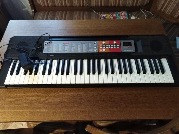 Keyboard yamaha F 50