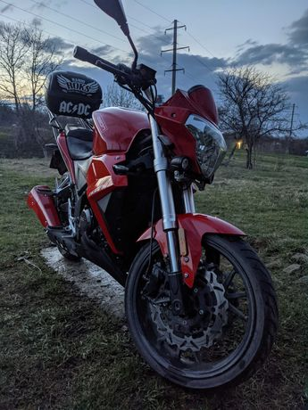 Продам мотоцикл GEON ISSEN 4v 2013