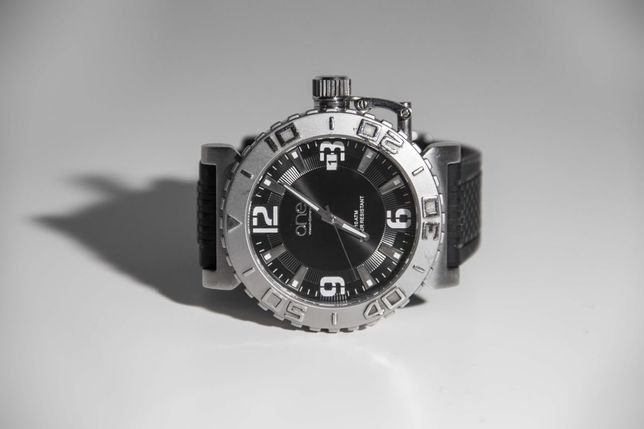 Relógio One All Stainless Steel, 10m Waterproof
