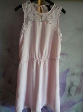 Платье с кружевом HM