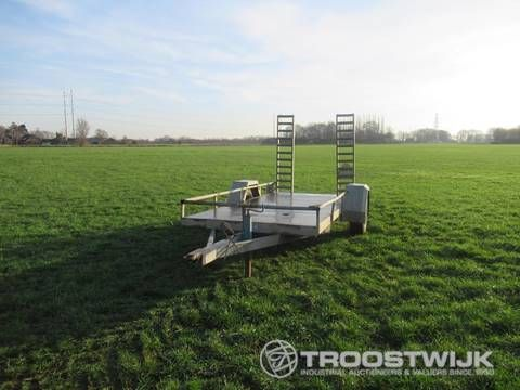 Reboques porta maquinas e agricolas