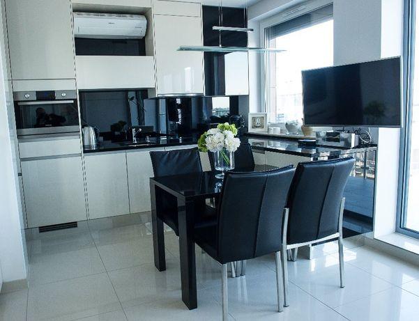 Piękny Apartament z Klimatyzacją i garażem blisko morza Kolobrzeg