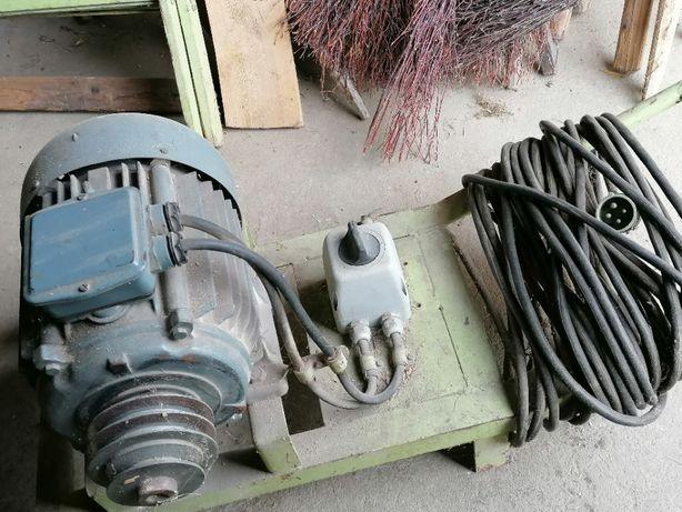 Solidny silnik elektryczny siłowy siła kabel 11 kw wózek cena do negoc