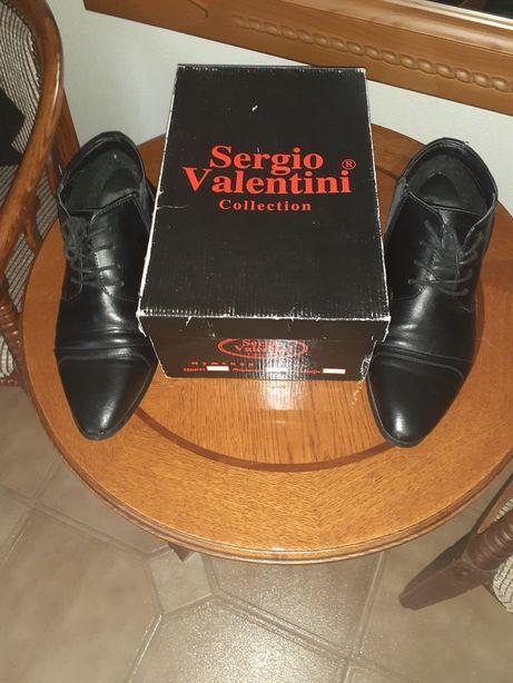 Продам фирменные кожаные ботинки
