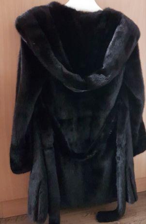 Норковая шуба чёрная