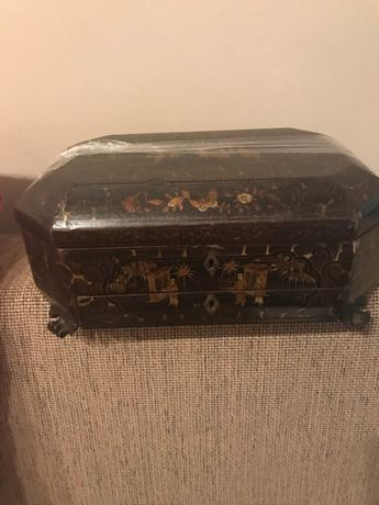 Caixa costura asiática antiga