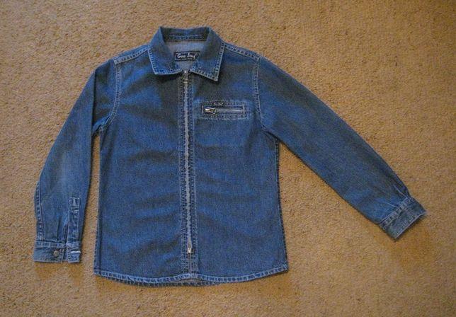 Джинсовая куртка, рубашка фирмы GEE JAY.