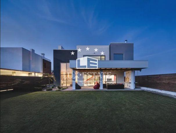 Аренда нового дома с дизайнерским ремонтом в стиле Хай Тек