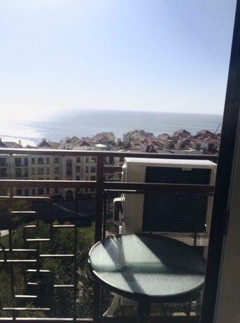 Продам однокомнатную квартиру с прямым видом моря!
